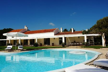 Wonderful Pool Home Nestled in a Peaceful Countryside - Quina Palmares - Image 1 - Lagos - rentals