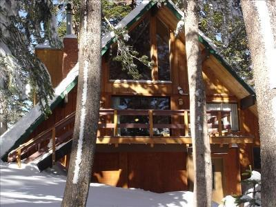 Chalet 23 @9000ft with Sun Deck Viewing Mammoth Mountain - Special! Book 5 night only pay for 4! Stay at the Top! Nestled in the Trees.. Ski In/Out.. Steps to Main Lodge & Mtn Bike Ctr - Mammoth Lakes - rentals