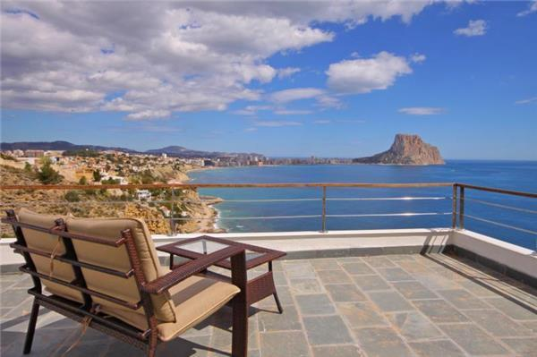Attractive holiday house for 6 persons, with swimming pool , near the beach in Calpe - Image 1 - Calpe - rentals