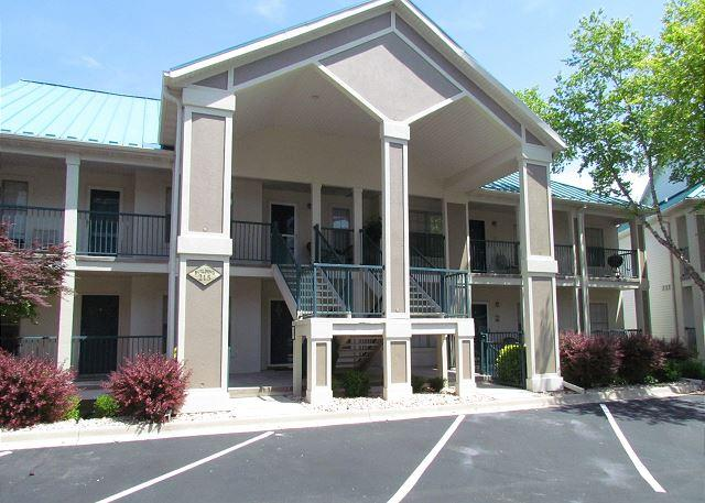 Lakeside Getaway - Lakeside Getaway : 3 Bedroom, 3 Bath, Table Rock Lake Condo - Hollister - rentals