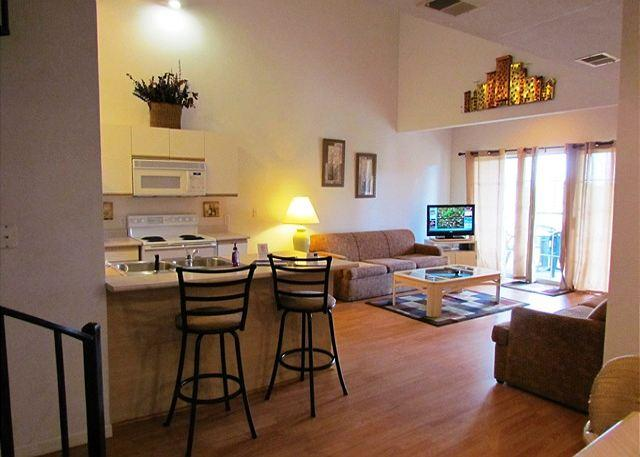 Open Floor Layout - Pinnacle of Paradise- 3 Bedroom, 3 Bath Condo with Bedside Jacuzzi - Branson - rentals