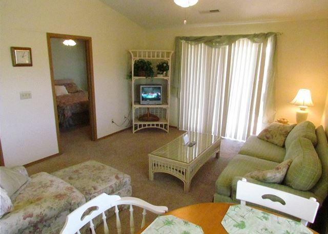 Living Room - Beached at the Bay- 2 Bedroom, 2 Bath Condo near Silver Dollar City - Branson - rentals