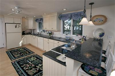 Popponesset 5 bedroom home waterviews, beach 115477 - Image 1 - Martha's Vineyard - rentals
