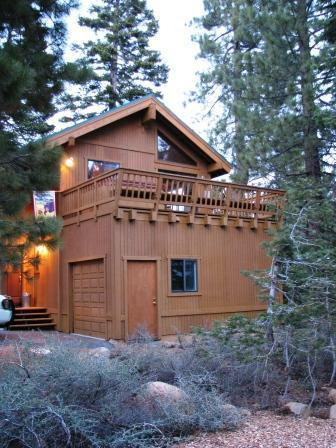 Cabin in the forest - Mountaintop Private Family Cabin with Hot Tub - Tahoe City - rentals