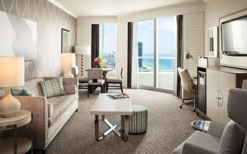 Fontainebleau Tresor 1 BR 2 Full Bath Ocean View - Image 1 - Miami Beach - rentals