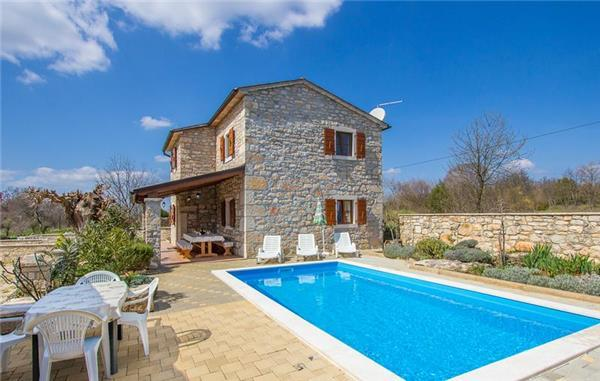 Holiday house for 6 persons, with swimming pool , in Central Istria - Image 1 - Sveti Lovrec - rentals