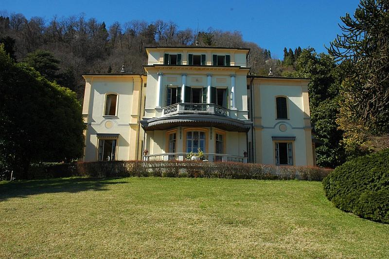 Vacation villa Meina Arona 'Favorita', Lake Maggiore Italy - Prestigious villa with wonderful lake views - Meina - rentals