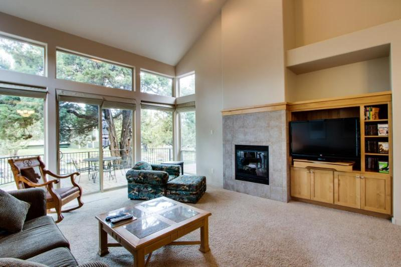 Eagle Crest Resort's Creekside Village - Image 1 - Redmond - rentals