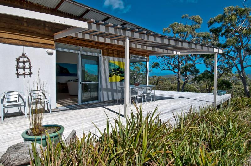 views to the west and southwest - Bruny Island Experience - Chez Discovery - Alonnah - rentals