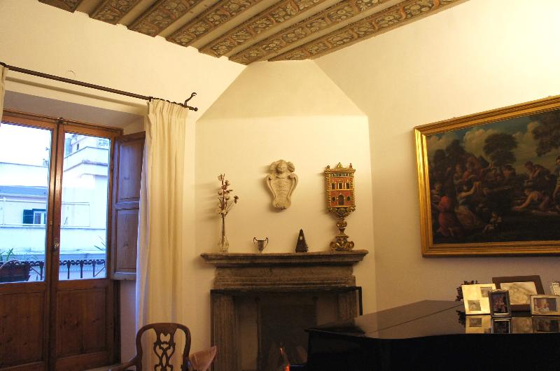 Near the Roman Forum, a Gracious Renaissance Apartment is the Perfect Family Oasis in Rome - Image 1 - Rome - rentals