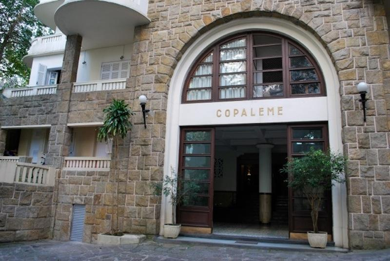 Building Entrance - COPALEME Located 1 block from the beach Leme this 4 bedroom 2  bath apartment is fantastic for a large family! - Rio de Janeiro - rentals