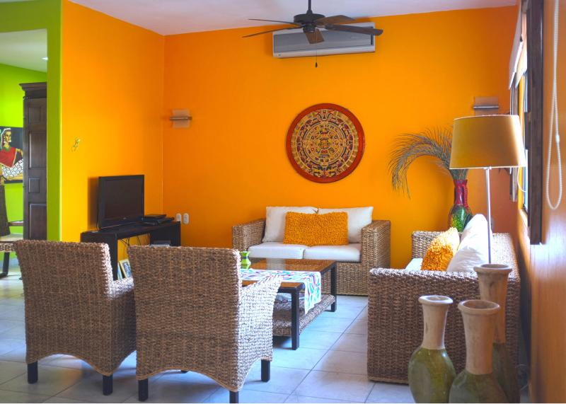 Living Area - Beautiful and Spacious Condo - Close to Everything - Huatulco - rentals