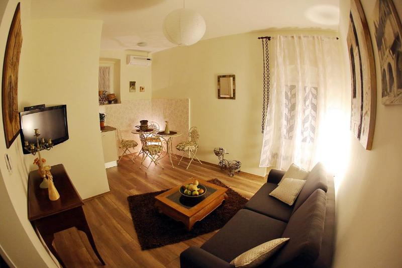 Greta residence whole home/apt for 6 - Image 1 - Zadar - rentals