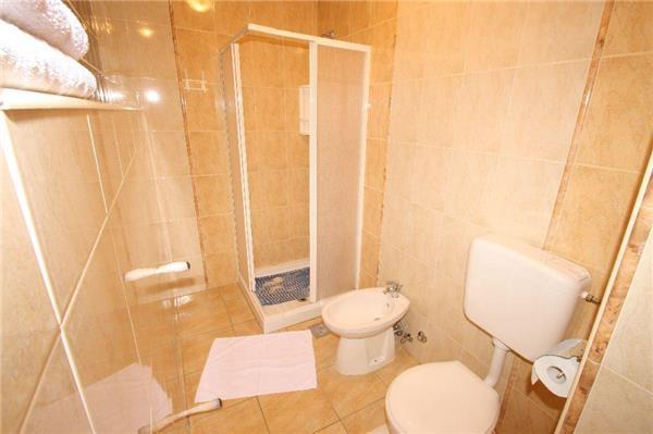 Attractive apartment for 2 persons in Porec - Image 1 - Porec - rentals