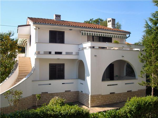 Apartment for 3 persons near the beach in Krk - Image 1 - Malinska - rentals