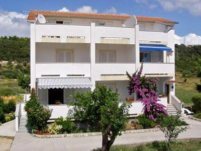 Apartment for 3 persons in Rab - Image 1 - Palit - rentals