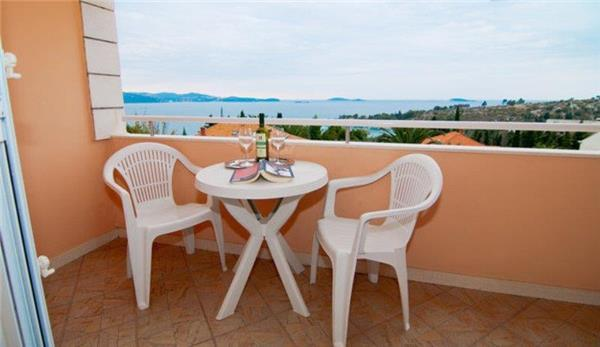 Apartment for 3 persons near the beach in Dubrovnik - Image 1 - Mlini - rentals