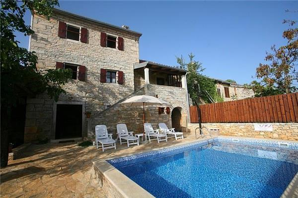 Newly renovated holiday house for 6 persons, with swimming pool , in Central Istria - Image 1 - Rovinj - rentals