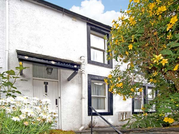 ROSE PATCH COTTAGE, family-friendly, country holiday cottage, with a garden in Keswick, Ref 23528 - Image 1 - Keswick - rentals
