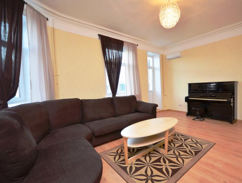 FamilyRoom1 - Deluxe Arbat Fully Renovated/Refurnished 2-Bedroom - Moscow - rentals