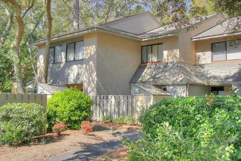 Stones Throw 3 Bdrm Close to the Beach, Pool - Image 1 - Hilton Head - rentals