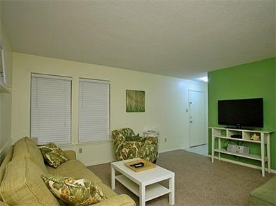 Living Room with Sleeper Sofa - Ocean Reef 105 - Gulf Shores - rentals