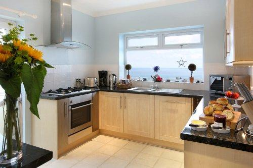 Kitchen with a view - Looe Island View - Downderry - rentals