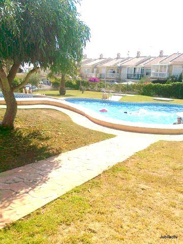 Pretty duplex with pool close to the sandy beaches - Image 1 - Torrevieja - rentals