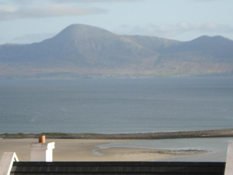 Super view of Clew from living room - Super View,Clew Bay, Mulranny, Co. Mayo West Coast - Mulranny - rentals