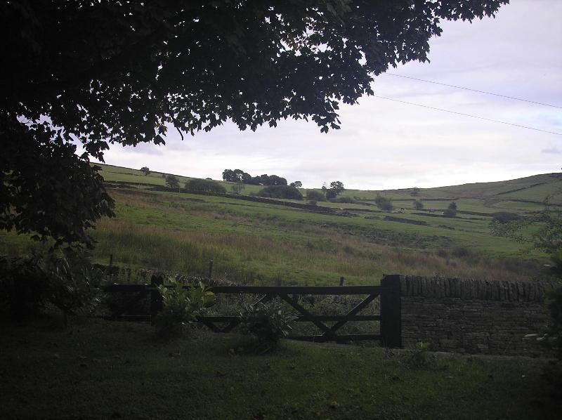 Kings Clough Head Farm, Glossop - Twin or Double - Image 1 - Birch Vale - rentals
