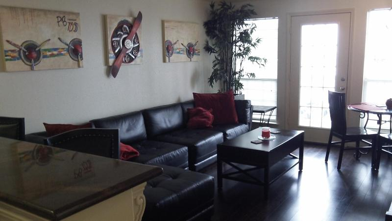 Living Room - Steps away from Beach,Pool, Pleasure Pier, Fishing - Galveston - rentals