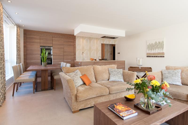 Luxury Gardners Crescent Apartment - Image 1 - Edinburgh - rentals