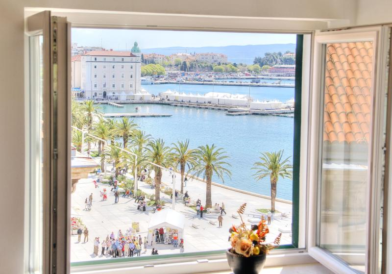 Centrally located apartment with amazing view - Image 1 - Split - rentals