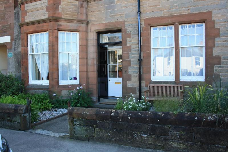 45 Westgate - Ground floor front door apartment near golf course - Scotland - rentals