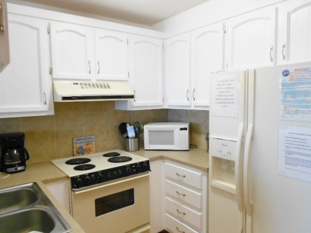 Kitchen is fully equipped for cooking all your favorites - Tiki Time 115372 - Carolina Beach - rentals