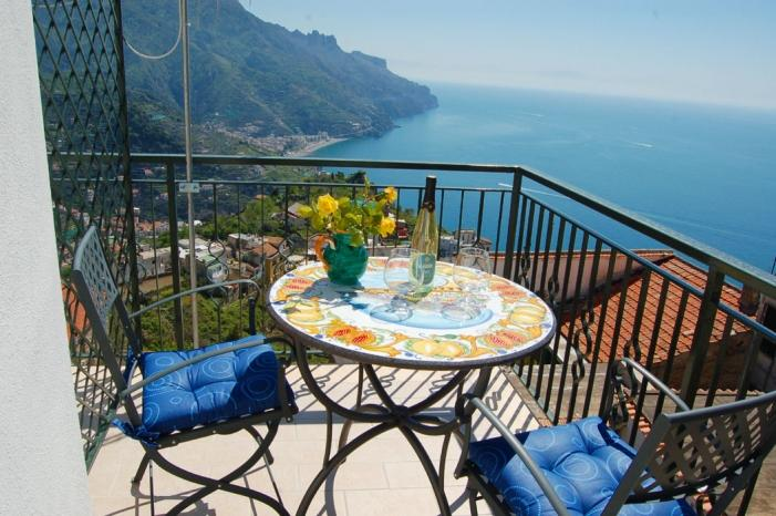 Casa Serenità quiet apartment in Ravello - Image 1 - Ravello - rentals