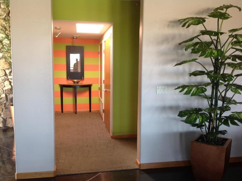 Hallway to Master and Green Room - West side with Panoramic mountains and city views - Tucson - rentals