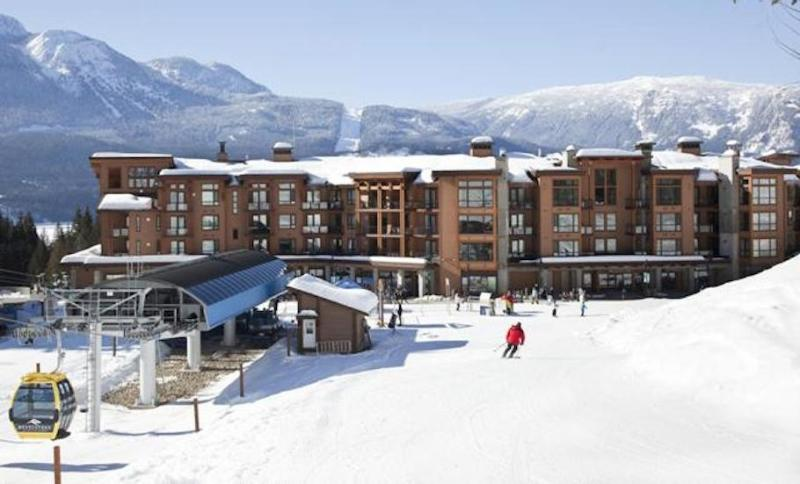 Our ski-in/ski-out condos have an unbeatable location.  - Explore Revelstoke - Skiing, Hiking & Biking Mecca - Revelstoke - rentals