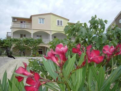 1 Bedroom apartment Marky in Novalja - Image 1 - Novalja - rentals