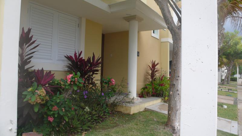 View of front entrance - Tropical Beachfront Vacation Condo - Fajardo - rentals