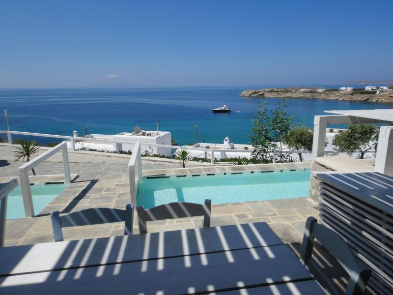 Balcony, baby-pool and View - Apartment with Sea View and Shared Pool - Mykonos - rentals