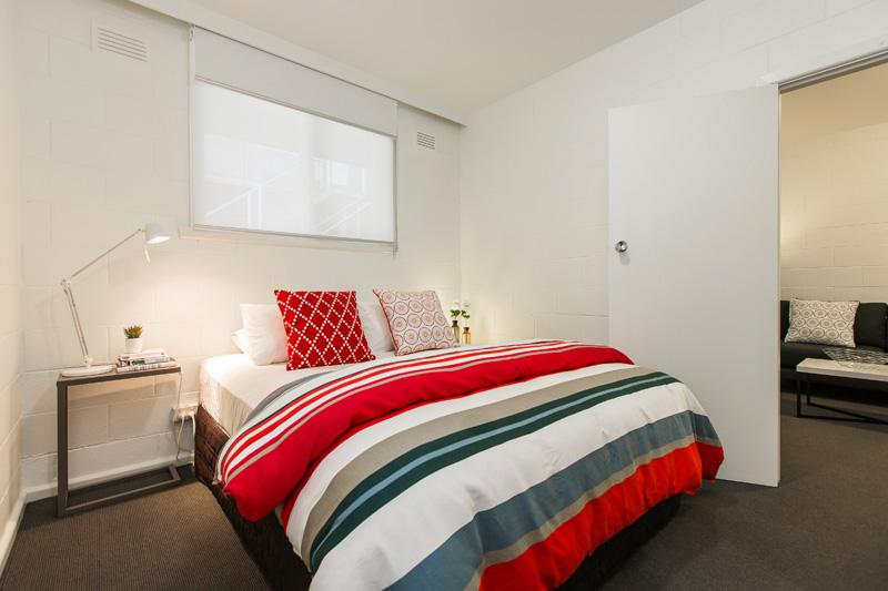 superior comfort queen bed & beautiful linens - Stylish A1 Position 1 BR APT - Richmond - rentals