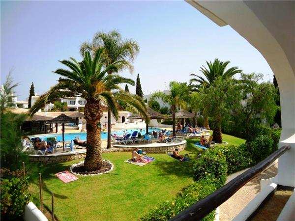 Apartment for 4 persons, with swimming pool , in Sao Rafael - Image 1 - Albufeira - rentals