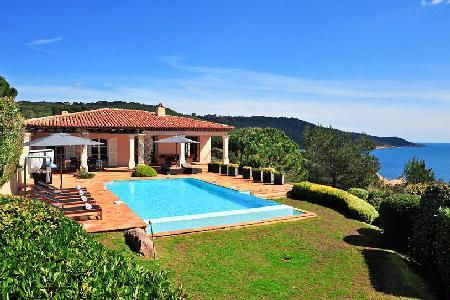 La Reserve-Villa 4 boasts infinity pool with view of the sparkling Mediterranean - Image 1 - Ramatuelle - rentals