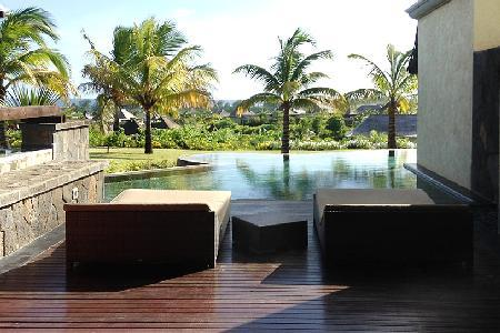 Thalie 6, access to resort amenities as well as housekeeping, pools and a sauna - Image 1 - Bel Ombre - rentals