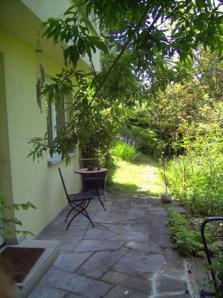 Ihre Wohnung frühs um 9, ab 12 Sonne pur  - your flat at 9am, full sun at 12 - Holidays along the Romantic Road - Creglingen - rentals