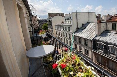 Romantic studio with a balcony, in Marais, Paris ! - Image 1 - Paris - rentals
