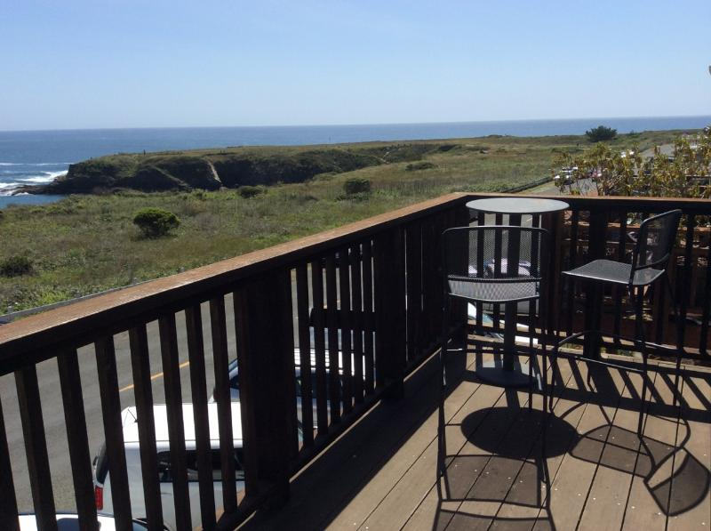 Epic balcony has sweeping, unobstructed ocean view. Enjoy a stunning vista over Mendocino Bay. - Stunning Ocean Views on Main St, Mendocino Village - Mendocino - rentals