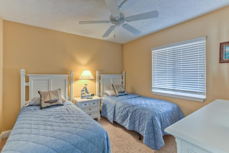 bc220-1.jpg - 2BR Oceanfront Condo at St. Simons Beach Club! Pool, Beach Access, Courtyard View - Saint Simons Island - rentals