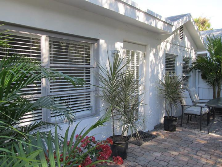 Ft. Lauderdale, Florida Charming Cottage - Be Charmed by this Cozy Florida COTTAGE - Close to Downtown, Beach - Fort Lauderdale - rentals